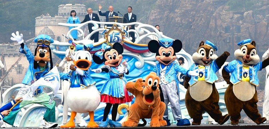 東京ディズニーシーの開園15周年記念セレモニー(撮影:千葉・曽谷絵里子)
